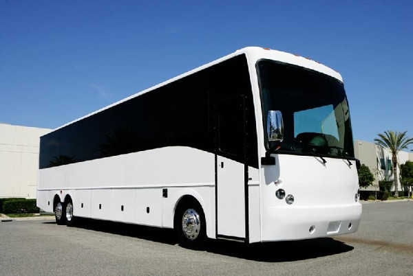40 Passenger Party BusOH Akron