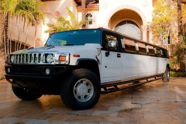 Akron Hummer Limousines Rental