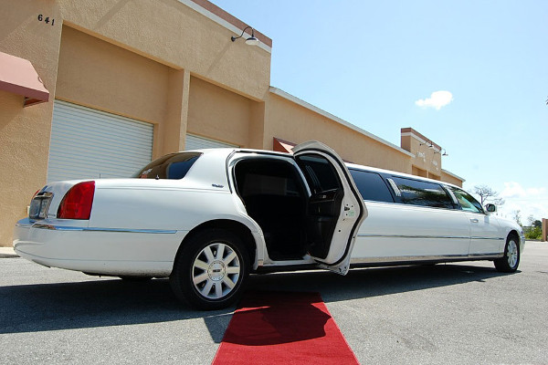 Akron Lincoln Limos Rental
